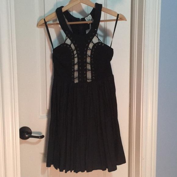 LF Dresses & Skirts - Black mini dress